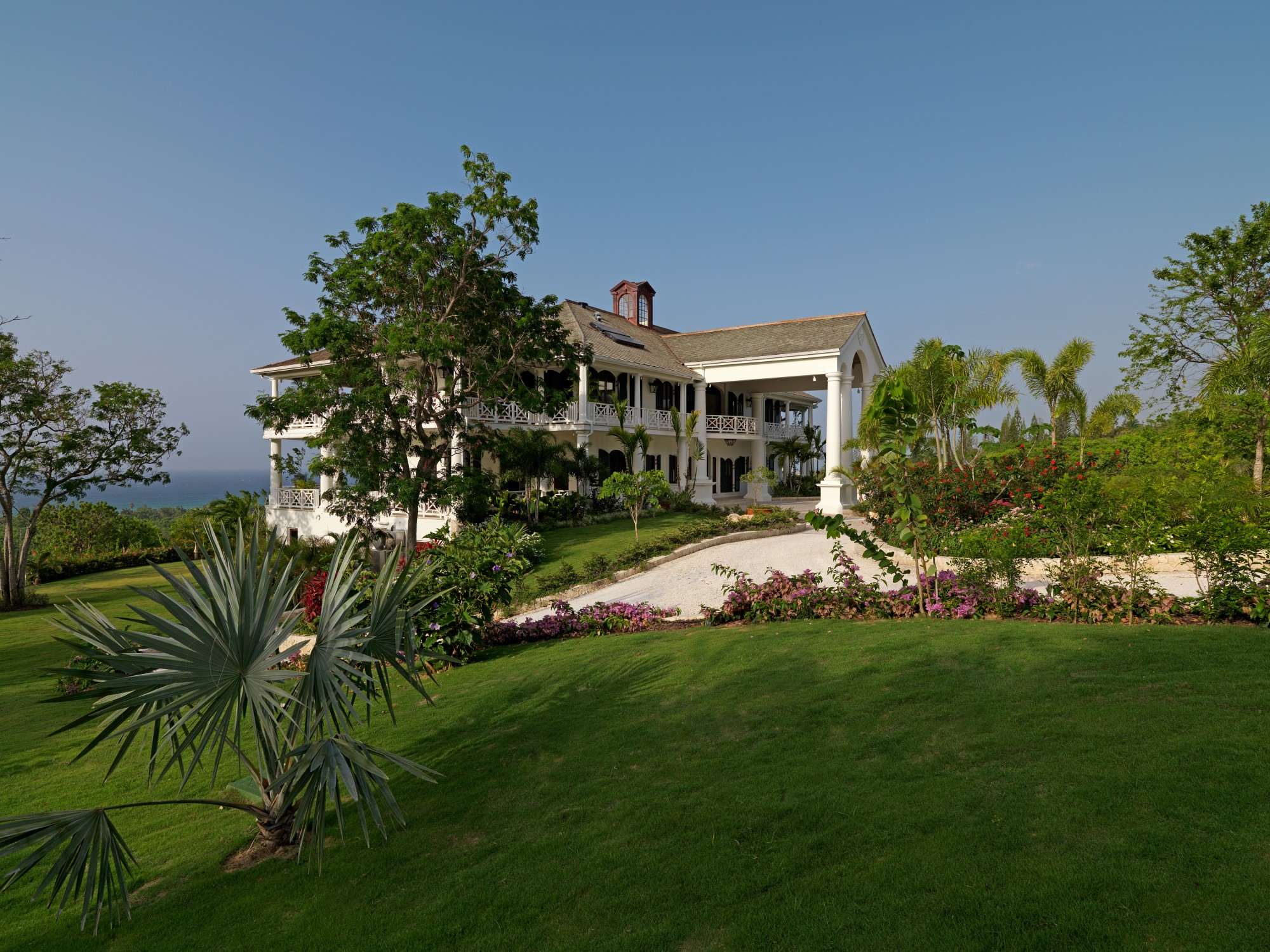 Flower Hill Villa Rental | Villas of Distinction