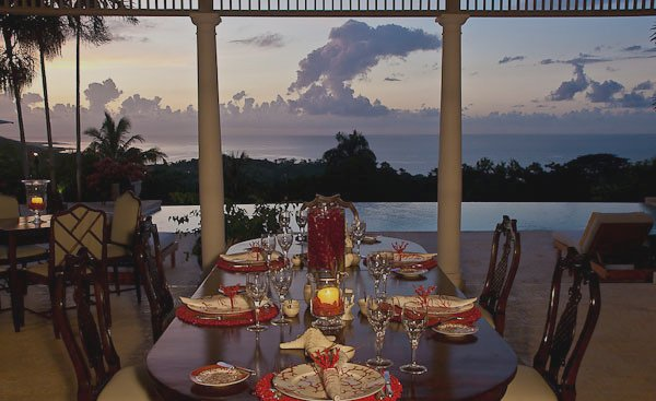 Memorable meals are served on Limoges, Villeroy & Boch and Lynn Chase tableware with fine silver, crystal and linens complementing each setting.    Choose the covered verandah ...