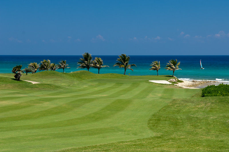 Cinnamon Hill is one of Jamaica's most beautiful golf courses.  It truly is in your back yard.  Half Moon and White Witch are five minutes away.