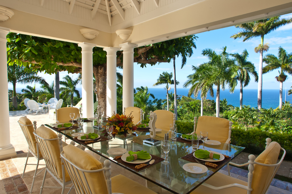 Here, breakfasts and lunches are served al fresco, overlooking that inescapable view.