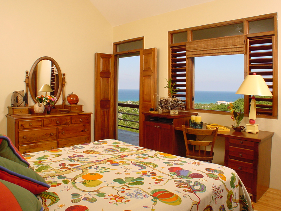 Bedding can be kingsize or twins. Television is cable. The bathroom has a Jacuzzi and a shower.