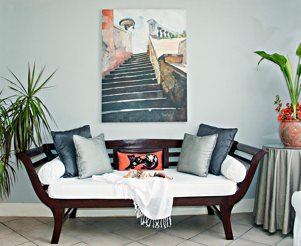 Original art enriches Mirador's tasteful ambiance throughout.