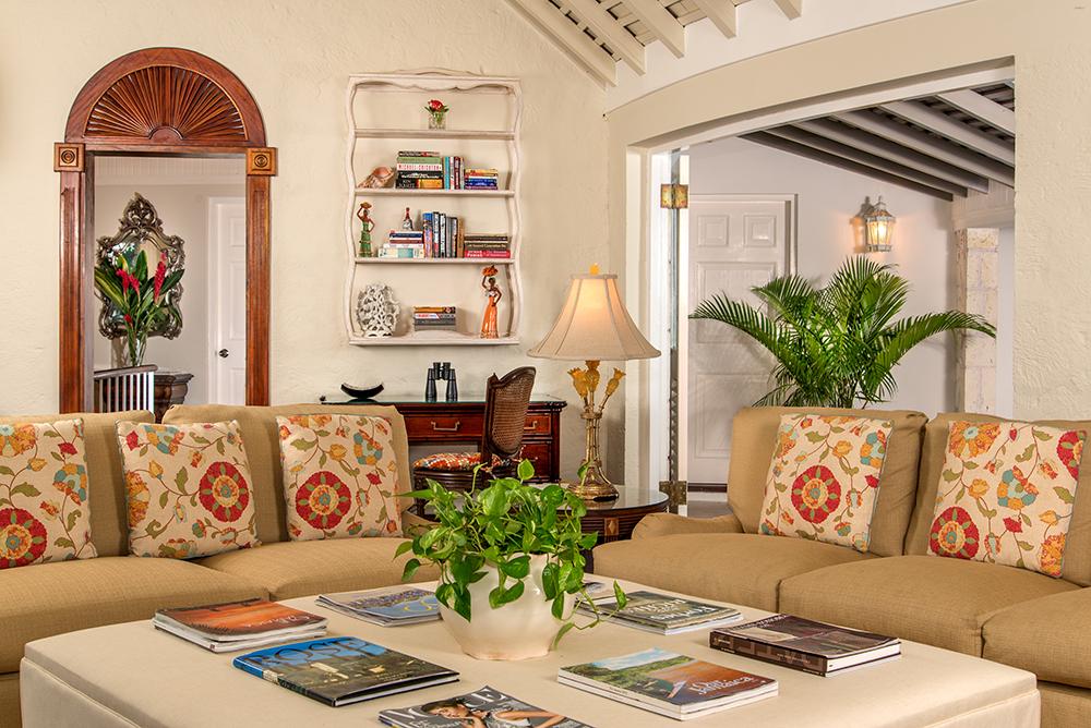 Inside, the semicircular living room has three deep-cushioned sofas, a 43