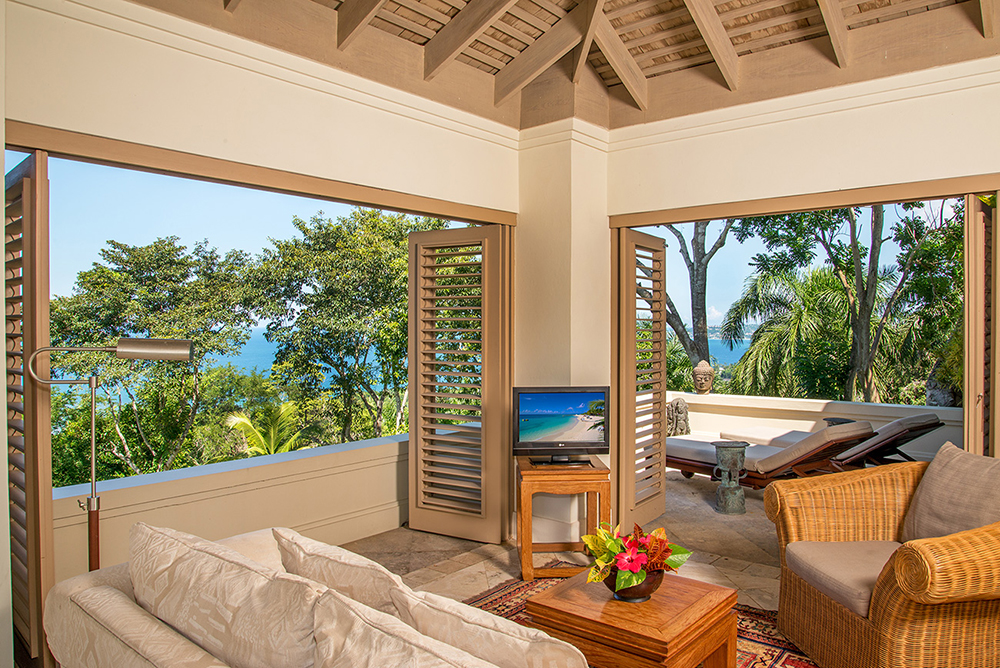 Suite 5 Living Room and Sundeck