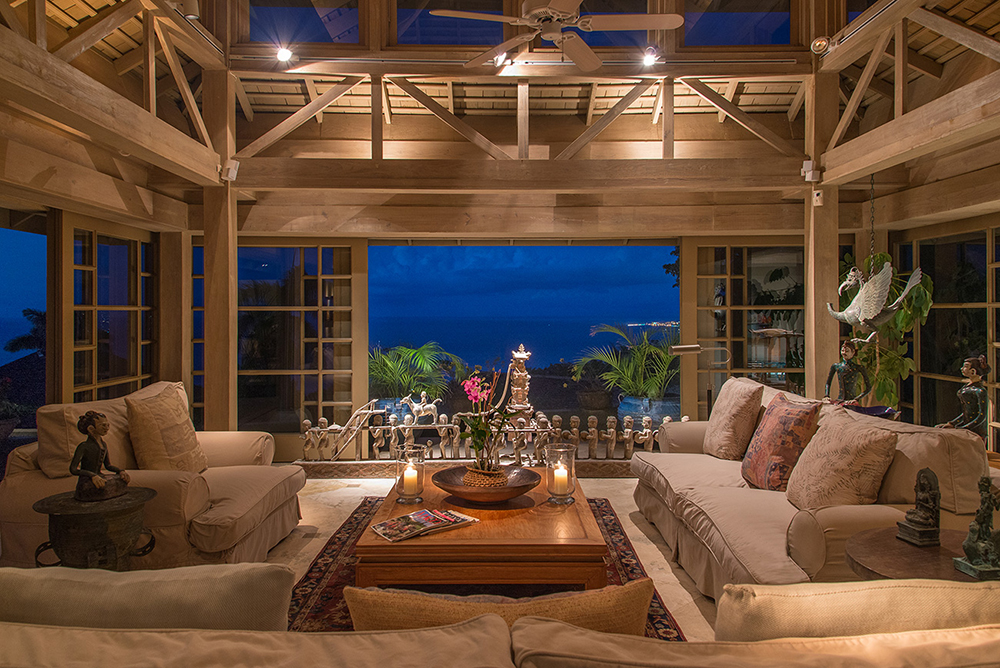 Owner's Villa seating area