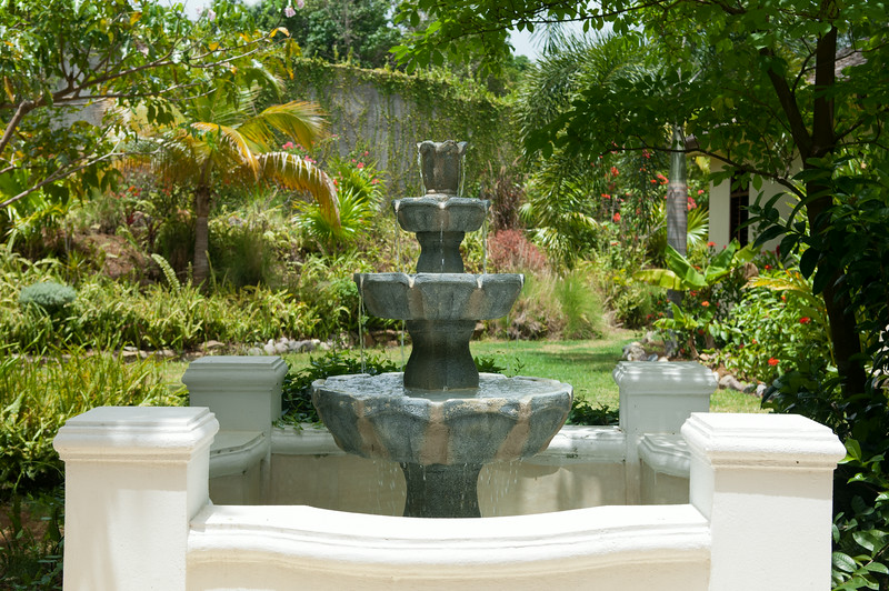 Landscaped tropical grounds surround the villa.  Take time to wander in this no-stress zone.